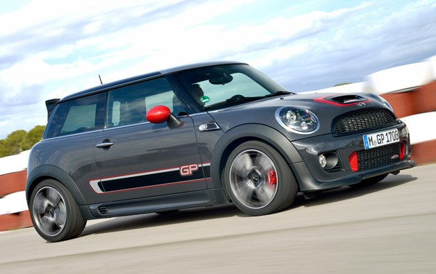 MINI John Cooper Works photo 06