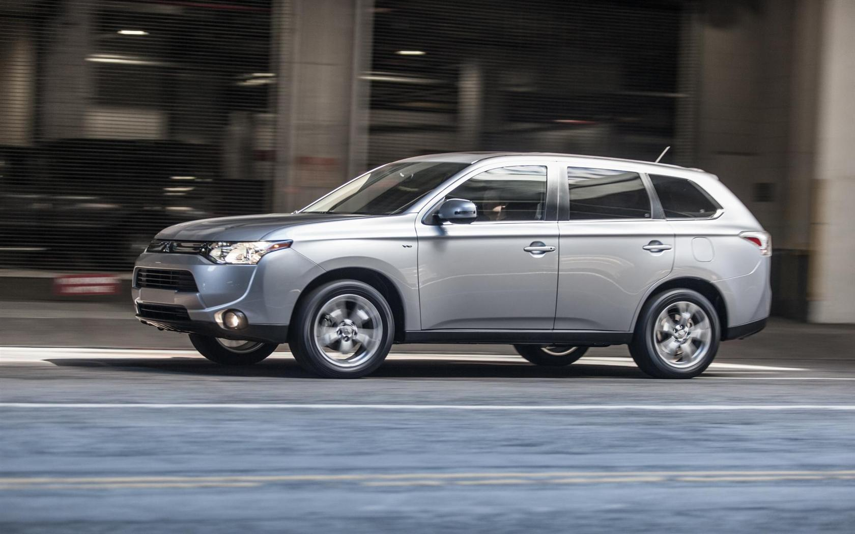 Mitsubishi Outlander photo 05