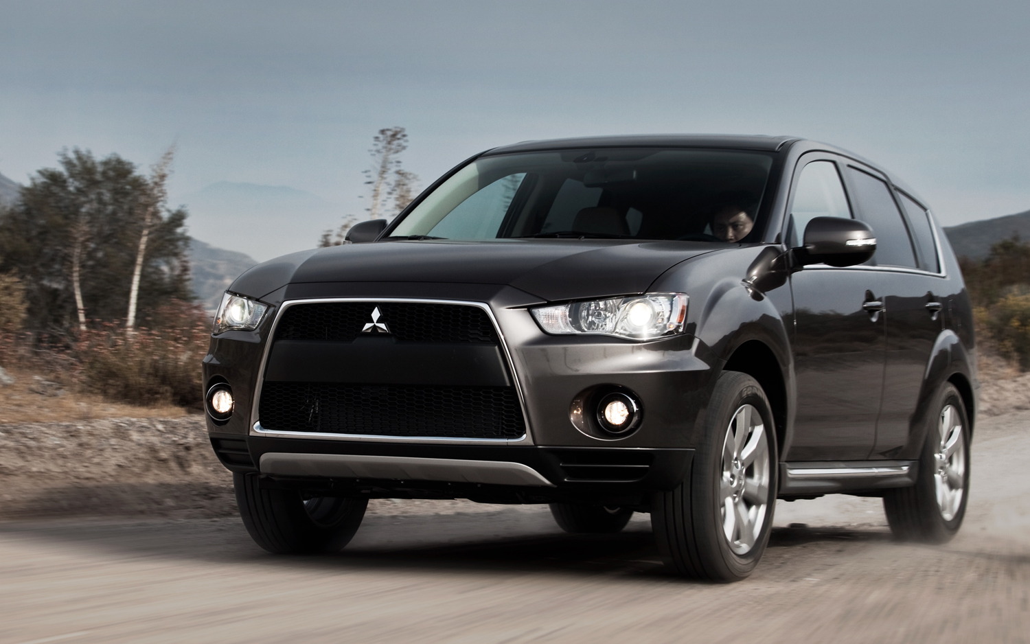 Mitsubishi Outlander photo 07
