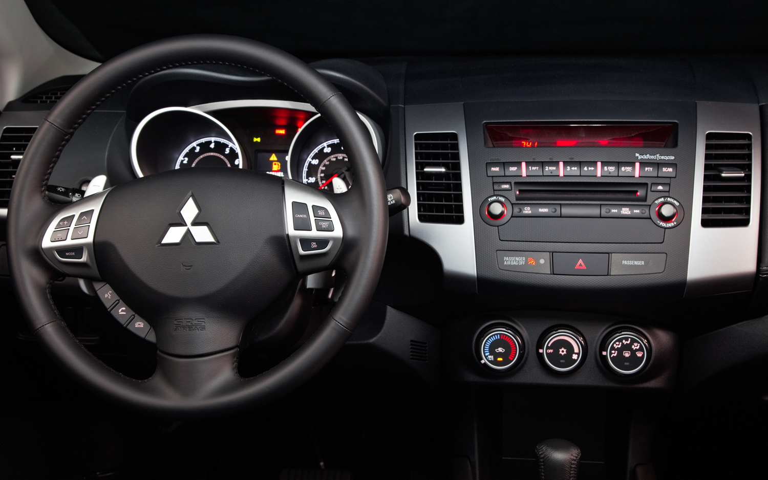 Mitsubishi Outlander photo 10