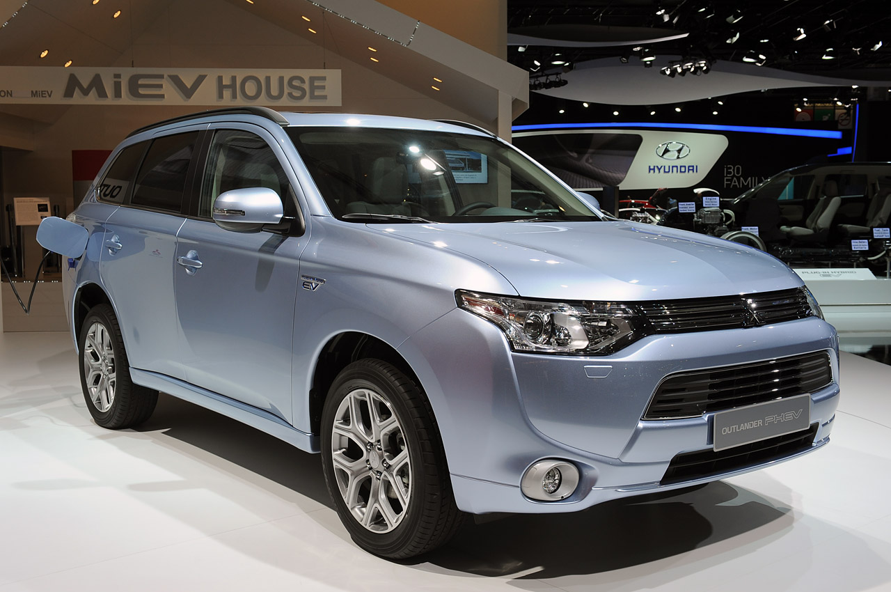 Mitsubishi Outlander photo 14