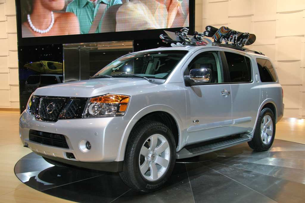 NISSAN Armada photo 15
