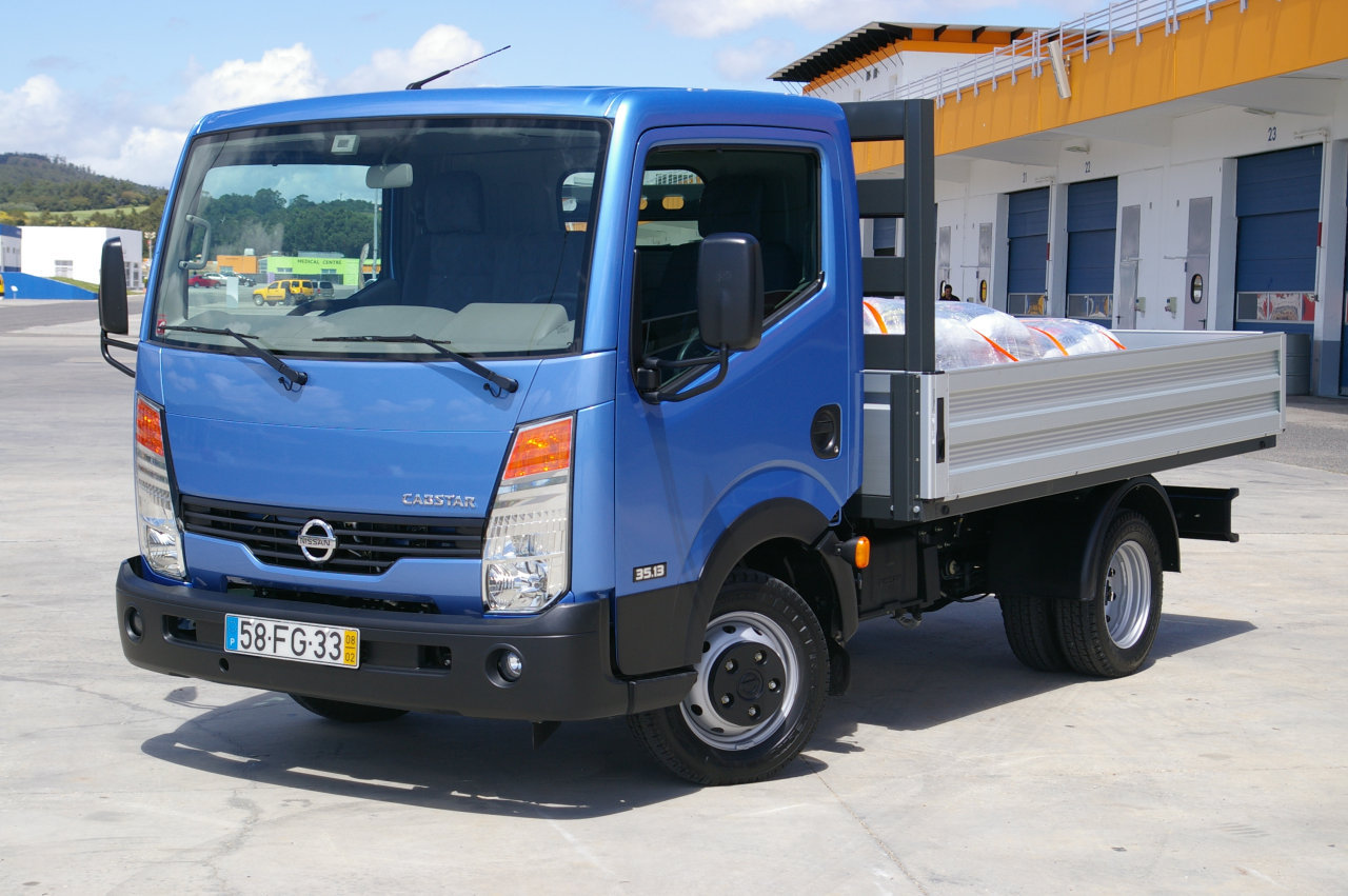 NISSAN Cabstar photo 02