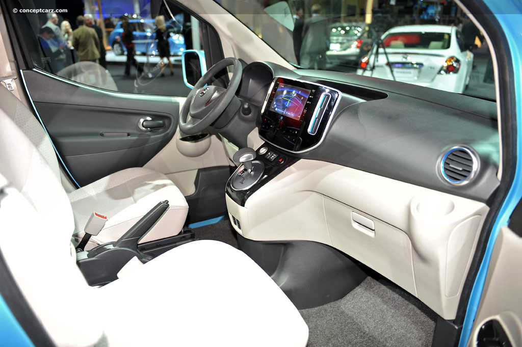 NISSAN e-NV 200 photo 10
