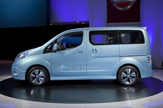 NISSAN e-NV 200 photo 11