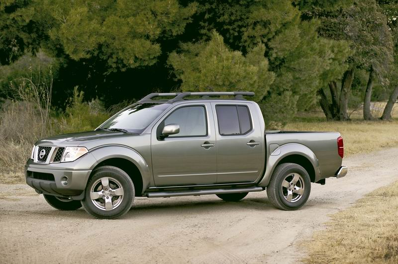NISSAN Frontier photo 13