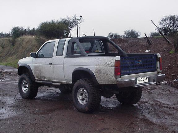 NISSAN King Cab photo 10