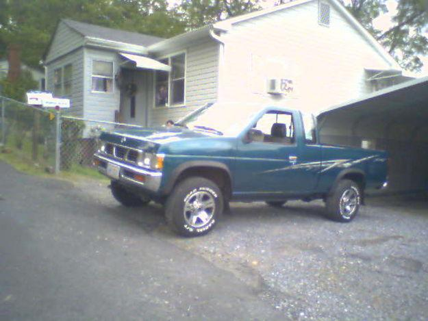 NISSAN King Cab photo 12
