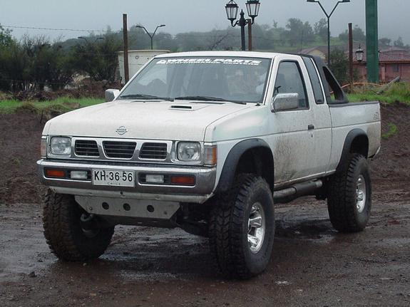 NISSAN King Cab photo 14