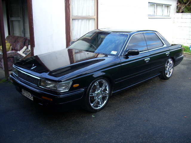 NISSAN Laurel photo 12