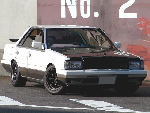 NISSAN Laurel photo 13