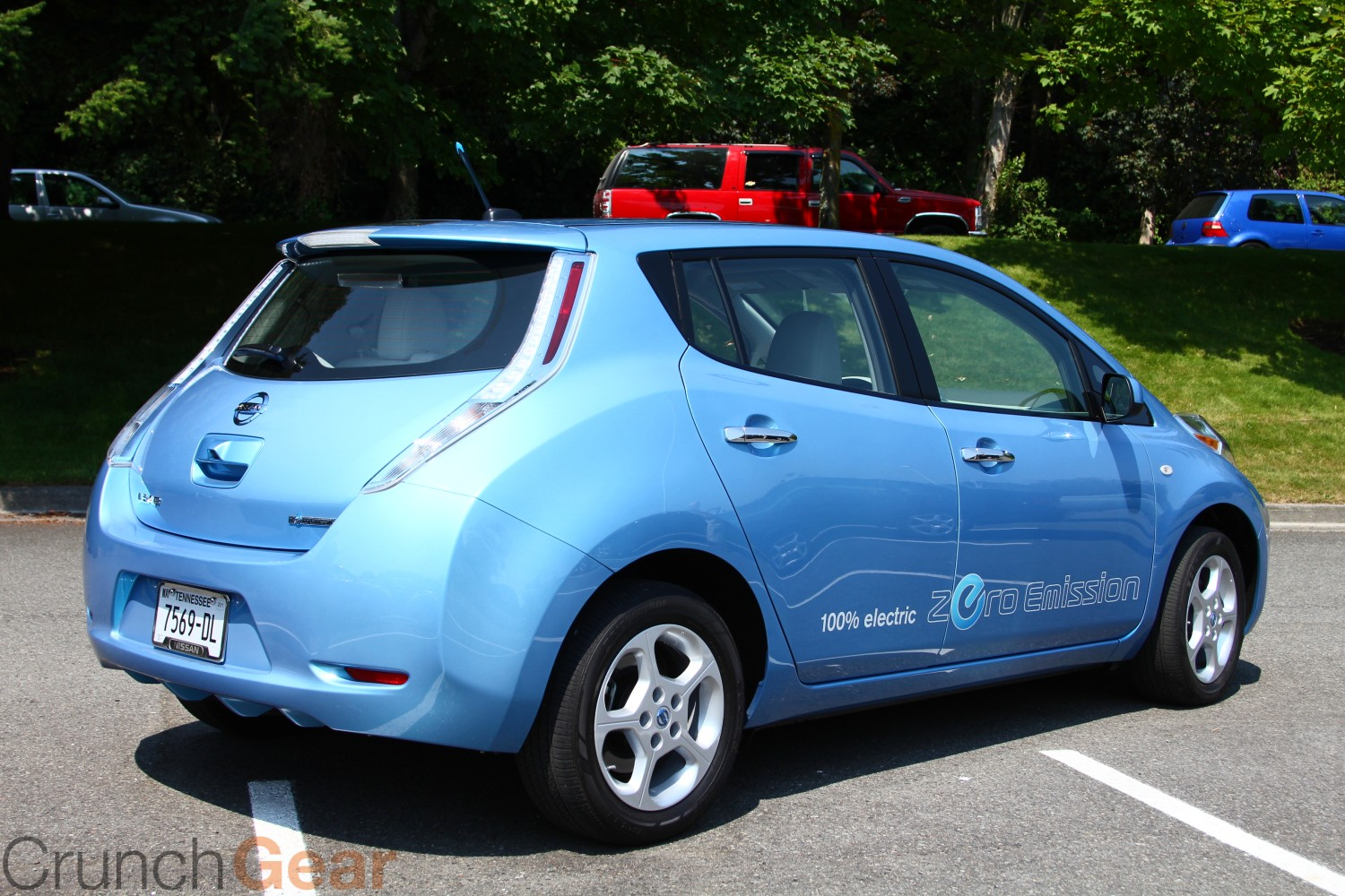 NISSAN Leaf photo 04