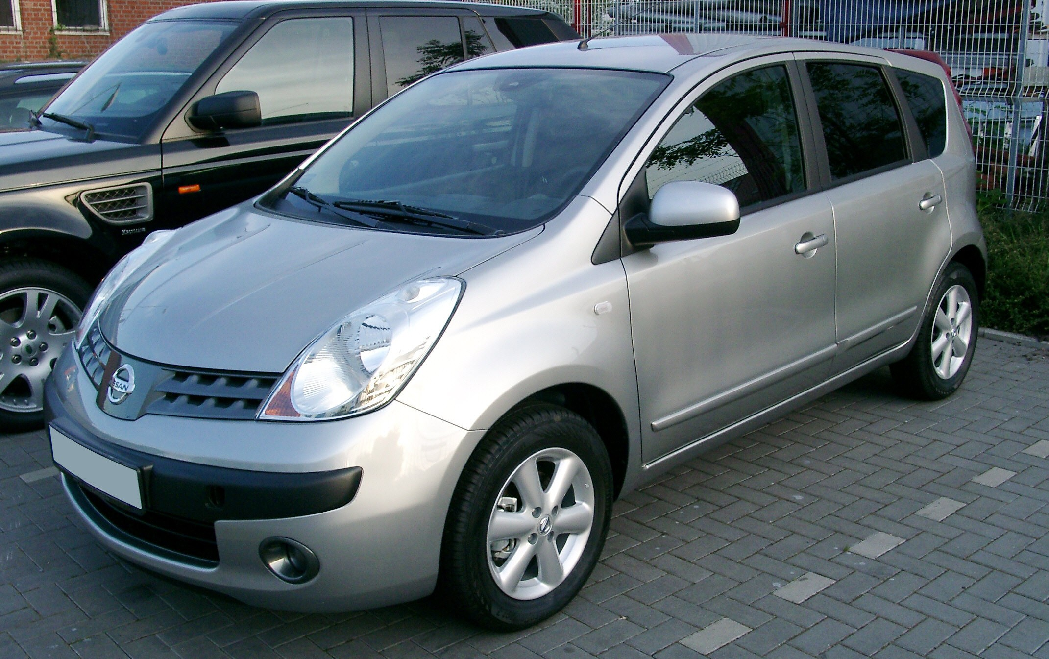 NISSAN Note photo 01