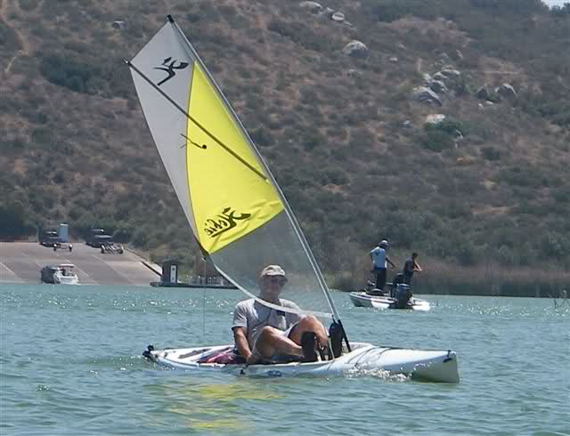 NISSAN Pick-Up Hobie Cat image #6