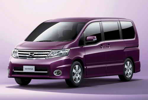 NISSAN Serena photo 17