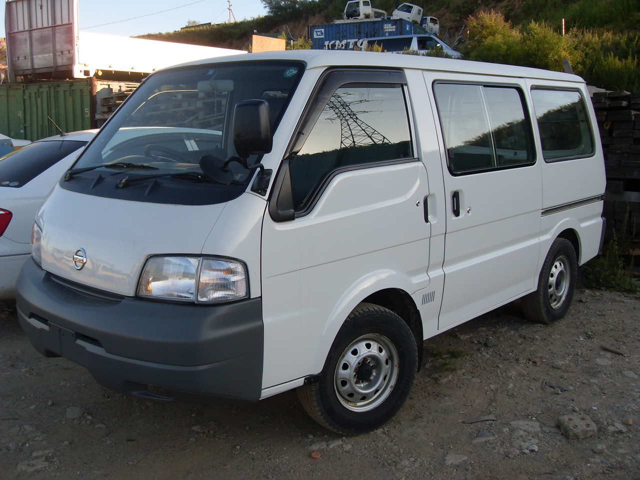 NISSAN Vanette photo 14