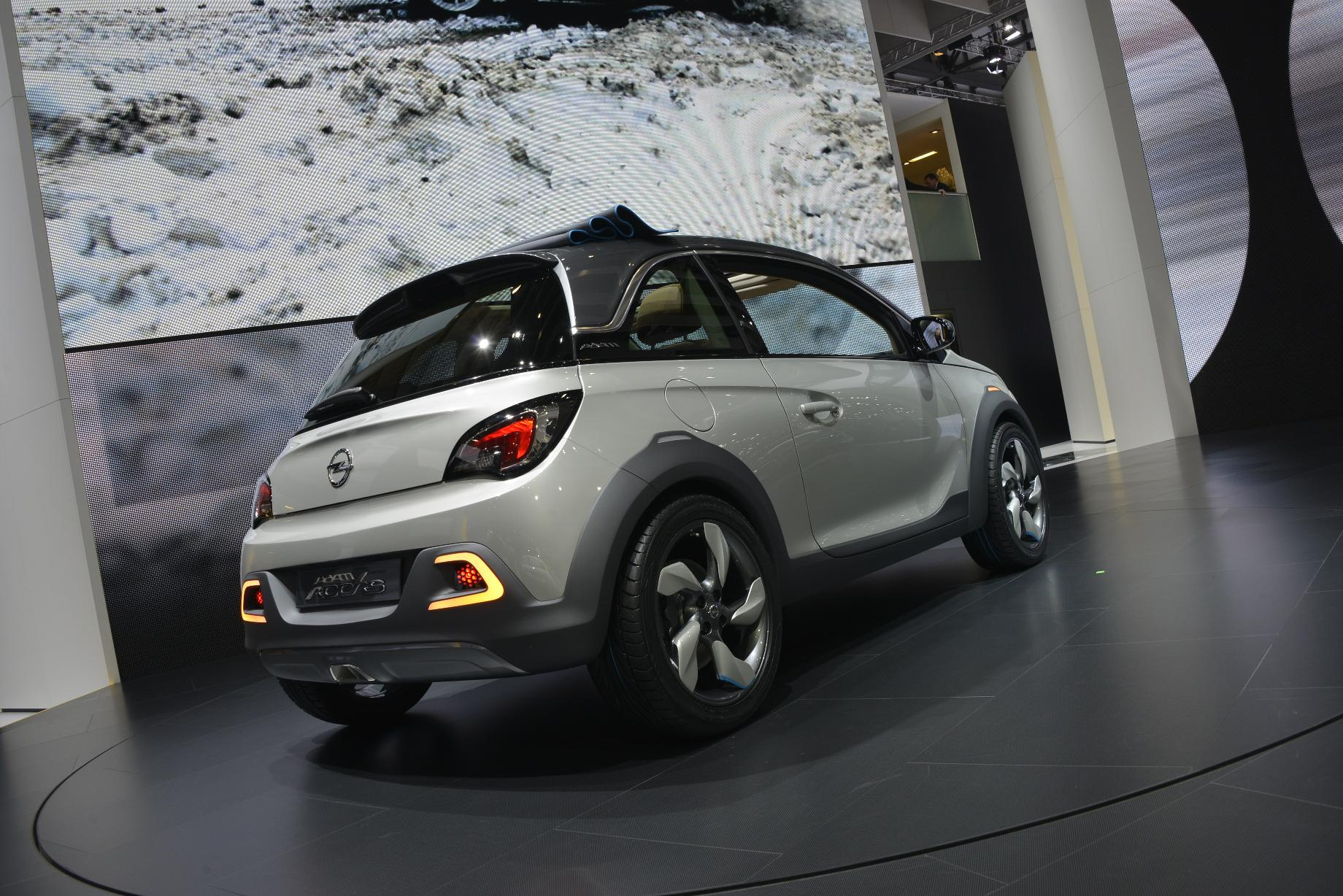 opel adam rocks technical details history photos on. Black Bedroom Furniture Sets. Home Design Ideas