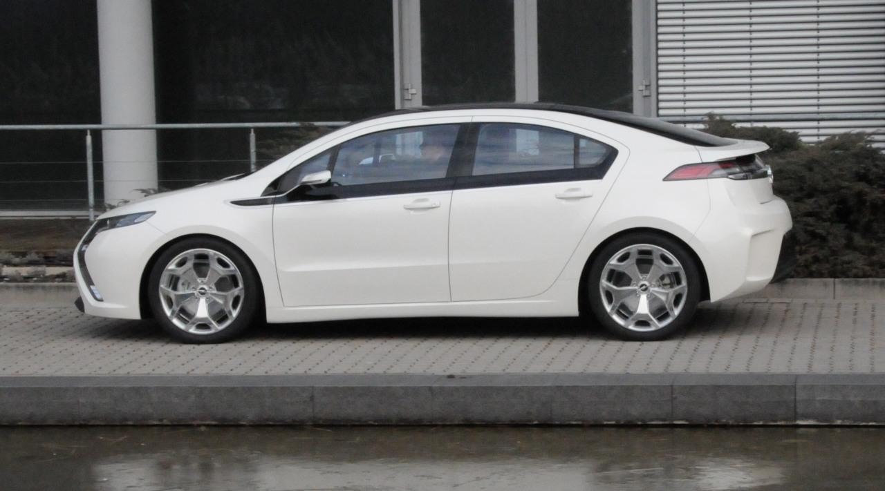 Mercedes Benz Fremont >> Opel Ampera image #13