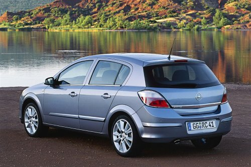 Opel Astra 1.3 CDTI photo 06