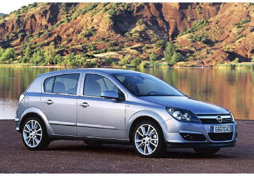 Opel Astra 1.3 CDTI photo 12