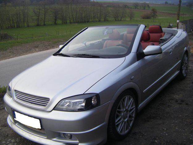 Opel Astra Cabrio 2.2 DTI photo 08