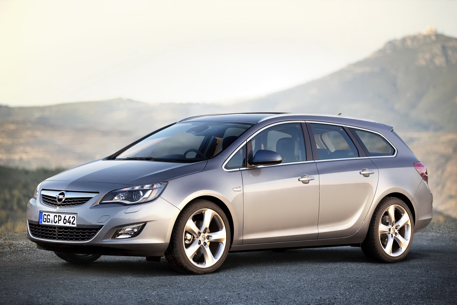 Astra sports tourer - Opel Astra Sports Tourer Technical Details History Photos On