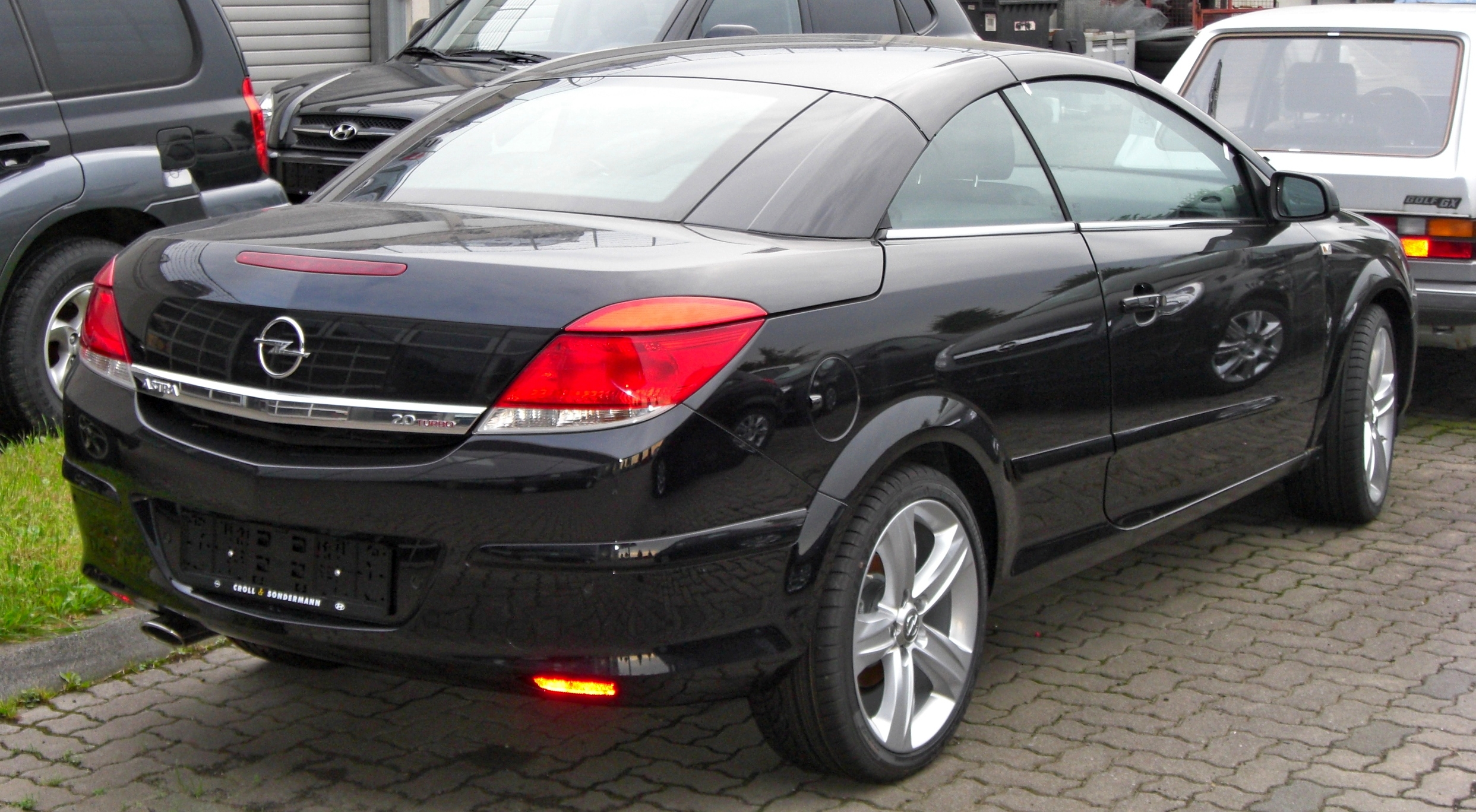 Opel Astra Twin Top image #2