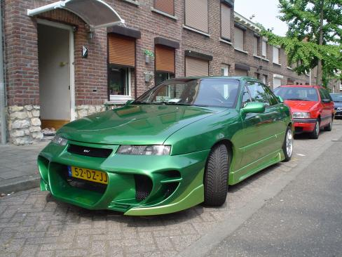 Opel Calibra photo 18
