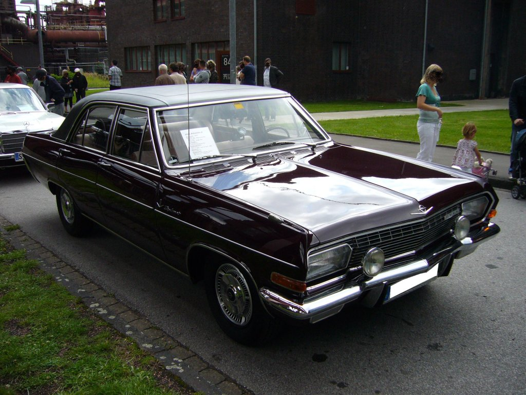 opel diplomat v8 coup technical details history photos. Black Bedroom Furniture Sets. Home Design Ideas