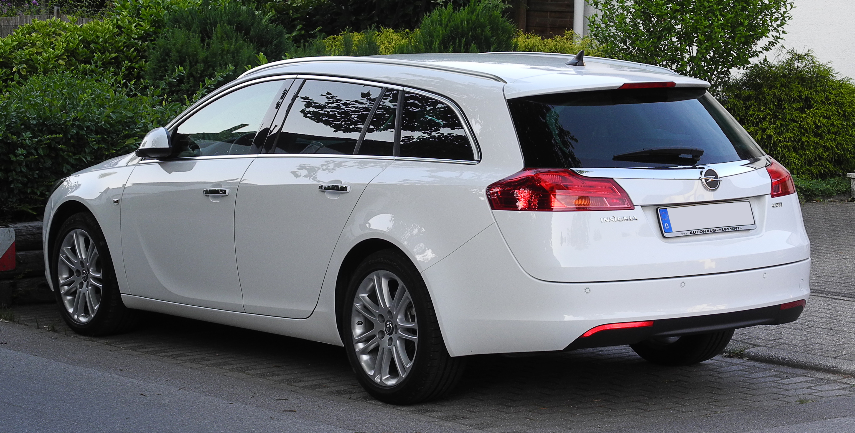 opel insignia 2 0 tdci technical details history photos on better parts ltd. Black Bedroom Furniture Sets. Home Design Ideas