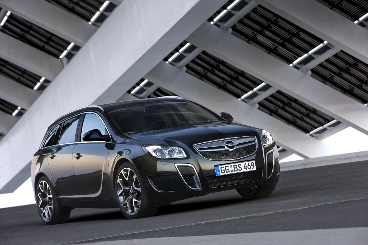 Opel insignia opc sports tourer 5 at 2010 opel insignia opc sports - Opel Insignia Opc Sports Tourer Photo 03