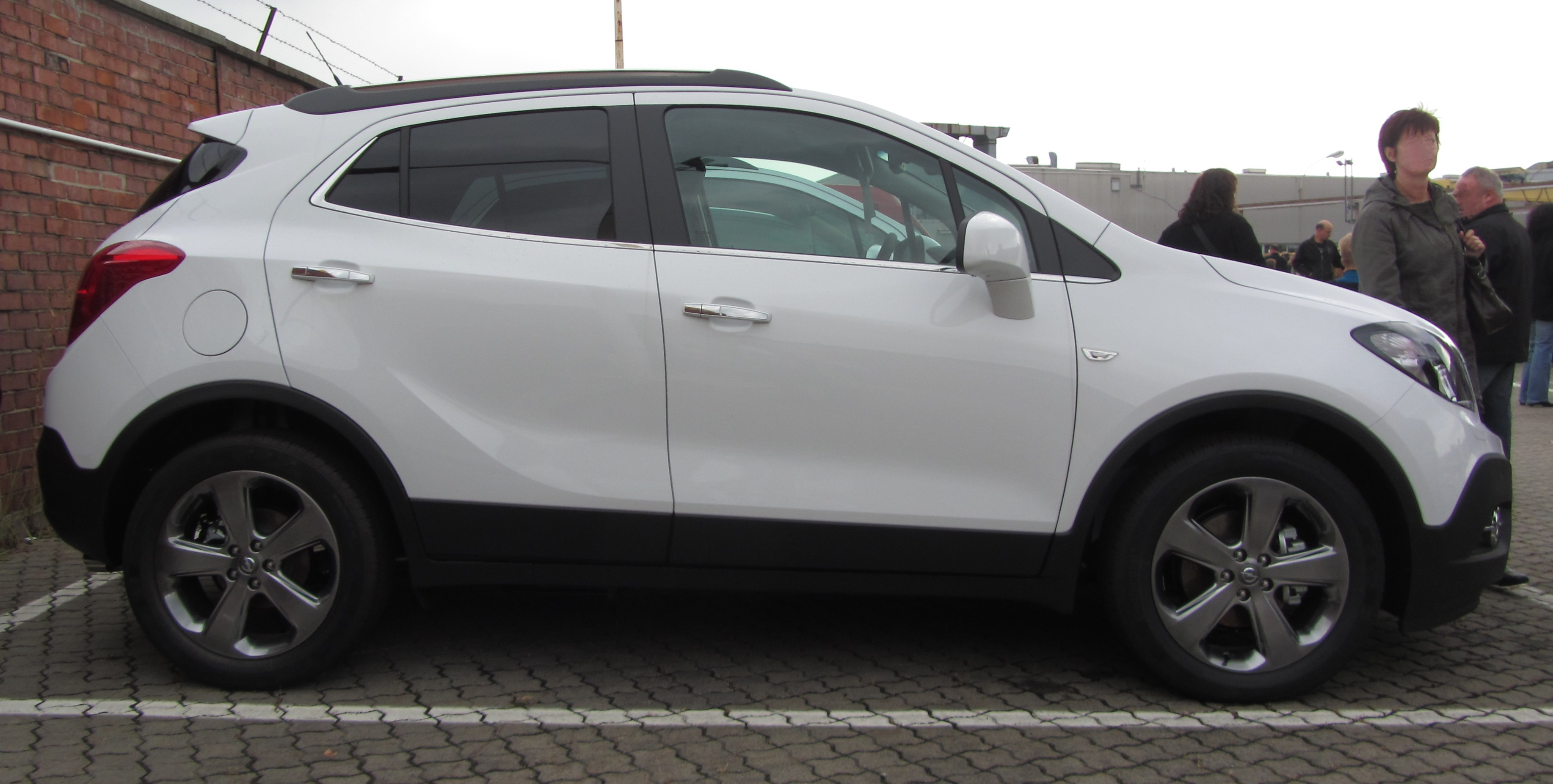 Opel Mokka photo 02