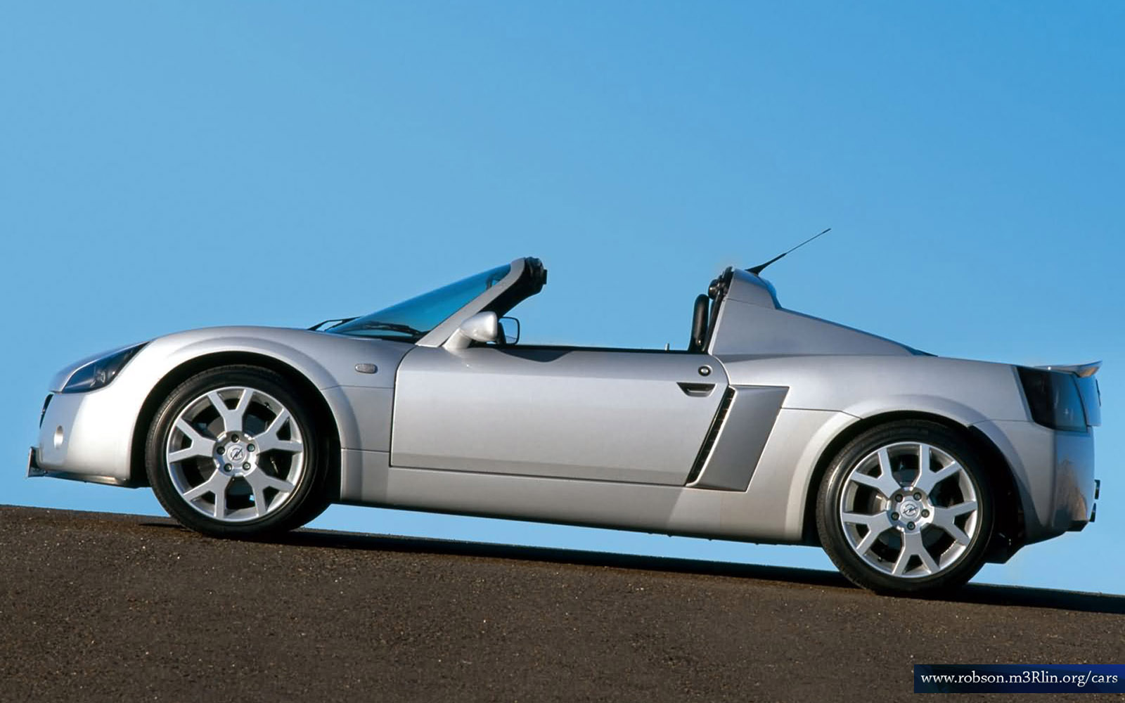 Opel Speedster Turbo photo 05