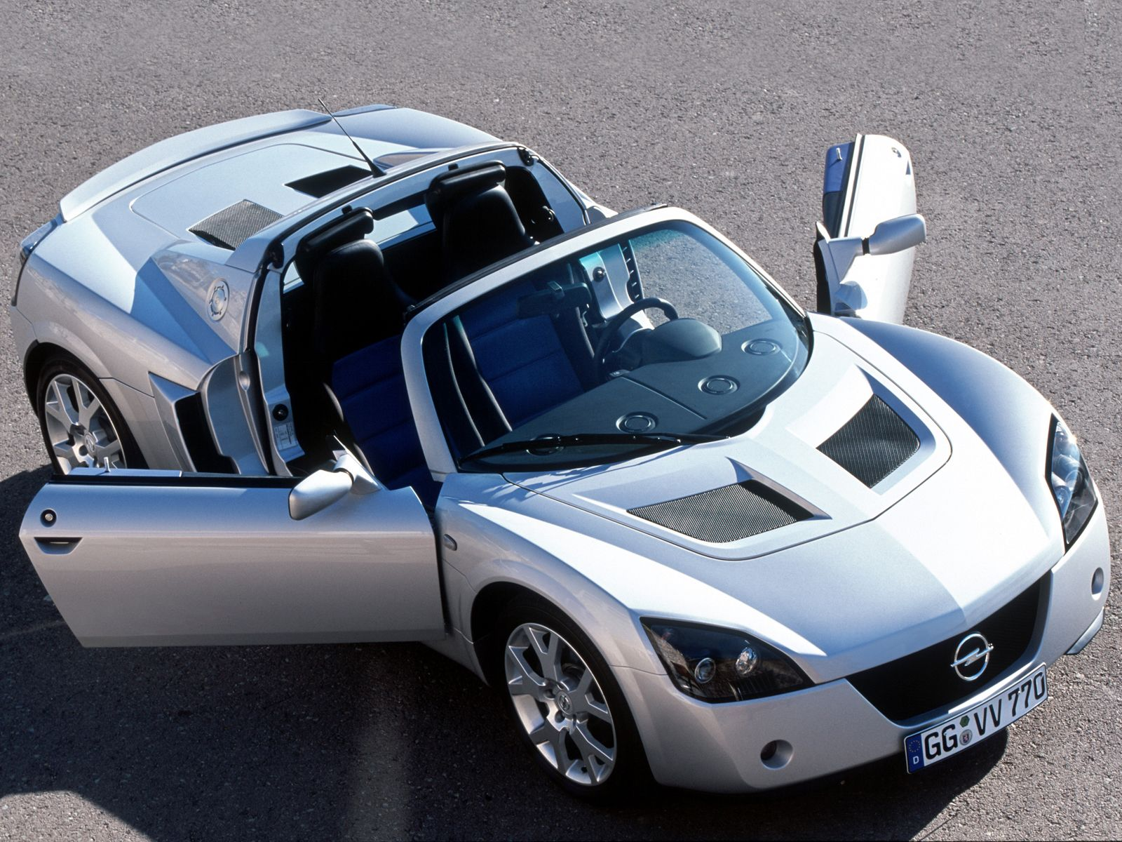 Opel Speedster Turbo photo 13
