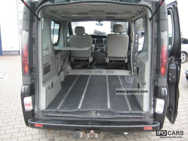 opel vivaro life photos 8 on better parts ltd. Black Bedroom Furniture Sets. Home Design Ideas