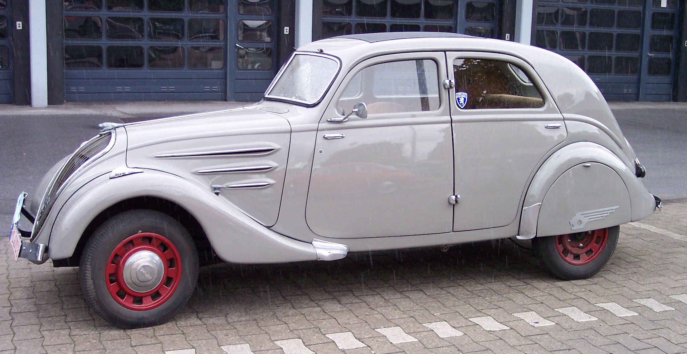 Peugeot 402 Technical Details History Photos On Better