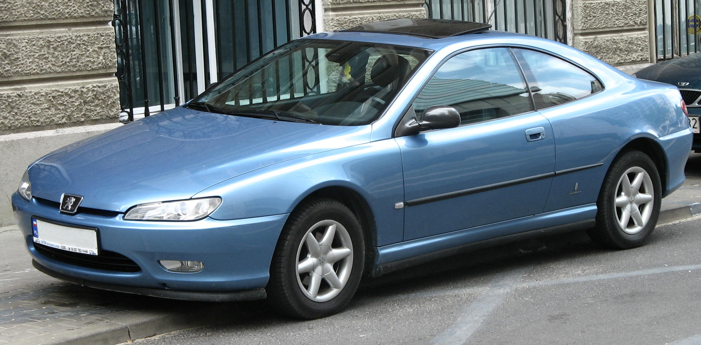 Peugeot 406 Coupé photo 02