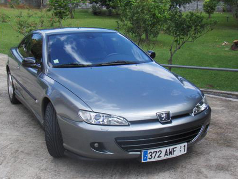 Peugeot 406 Coupé Ultima Edizione photo 06