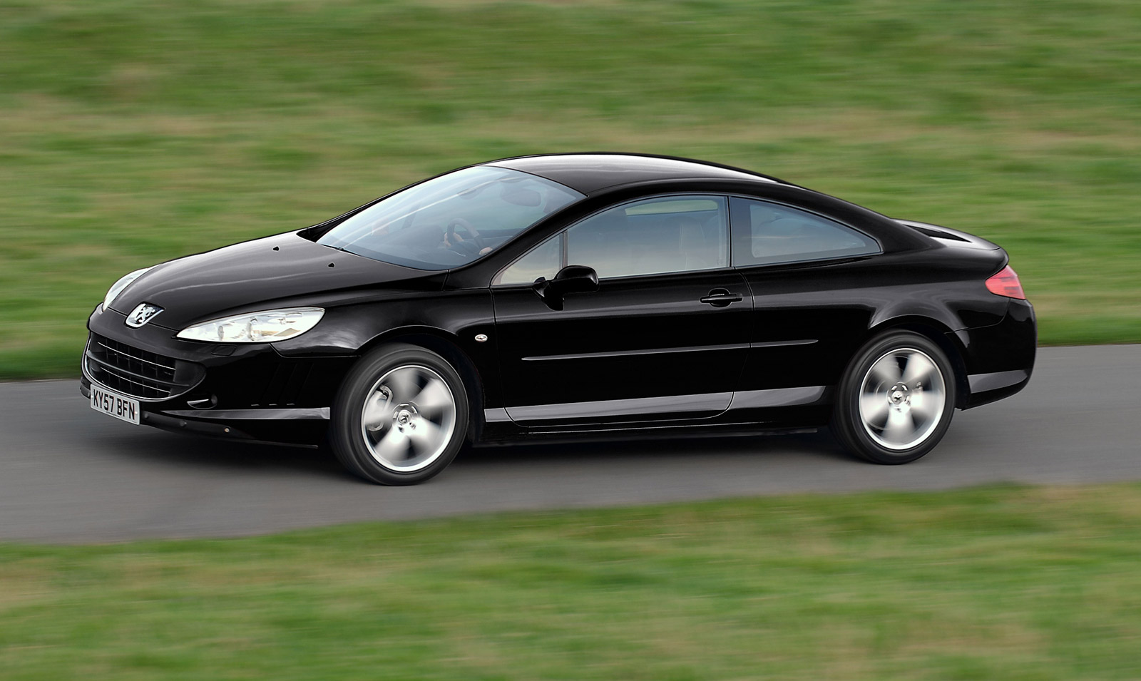 Peugeot 407 Coupe photo 08