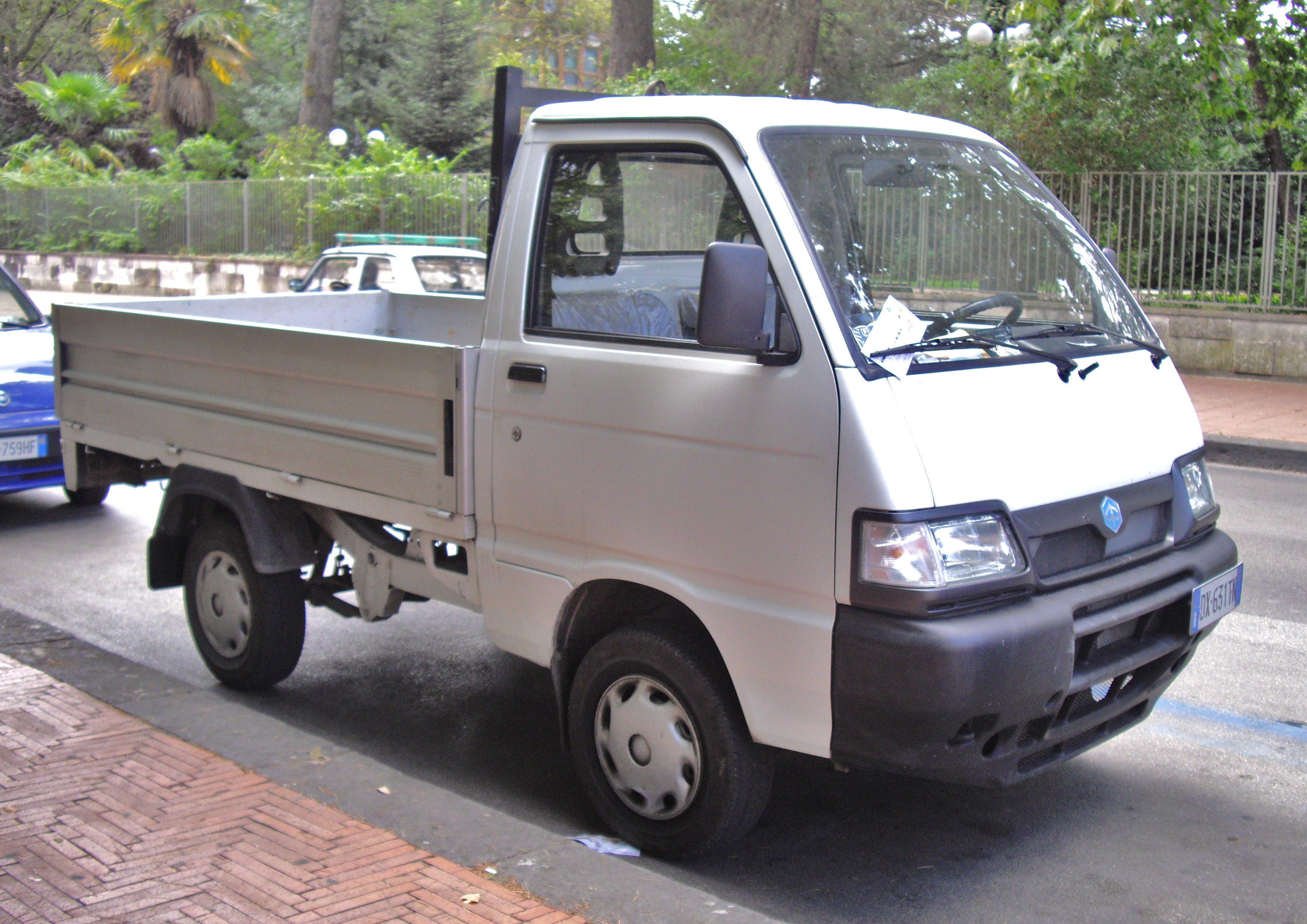 piaggio porter history, photos on better parts ltd
