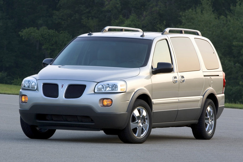 Pontiac Montana photo 01