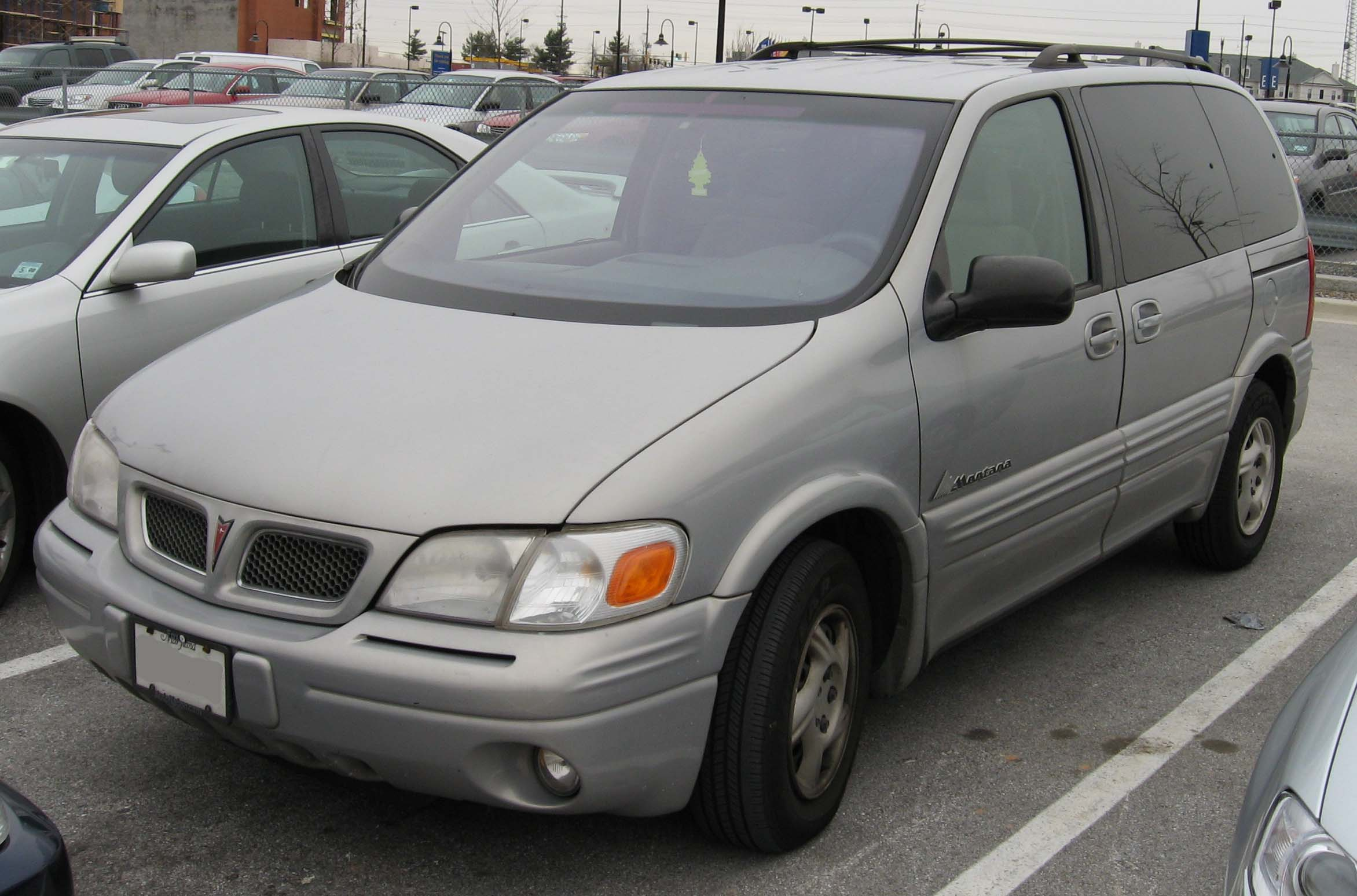 Pontiac Montana photo 02