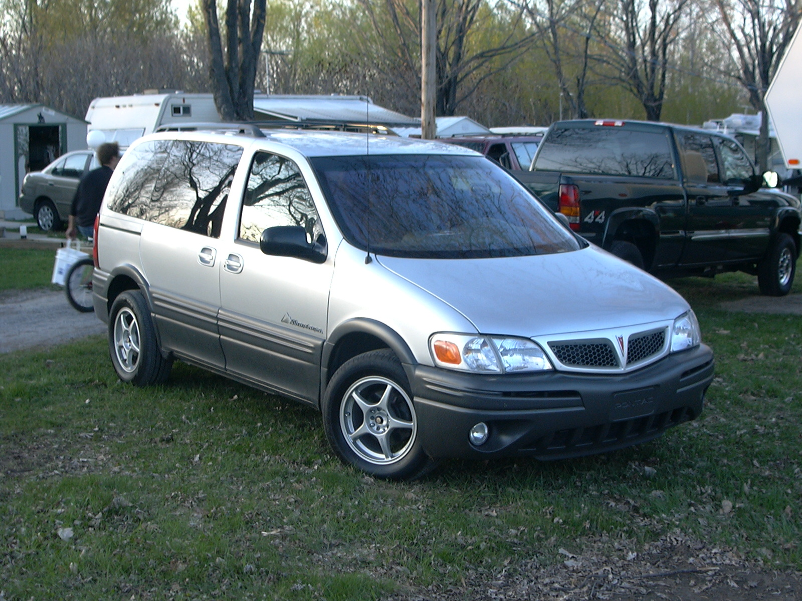 Pontiac Montana photo 04