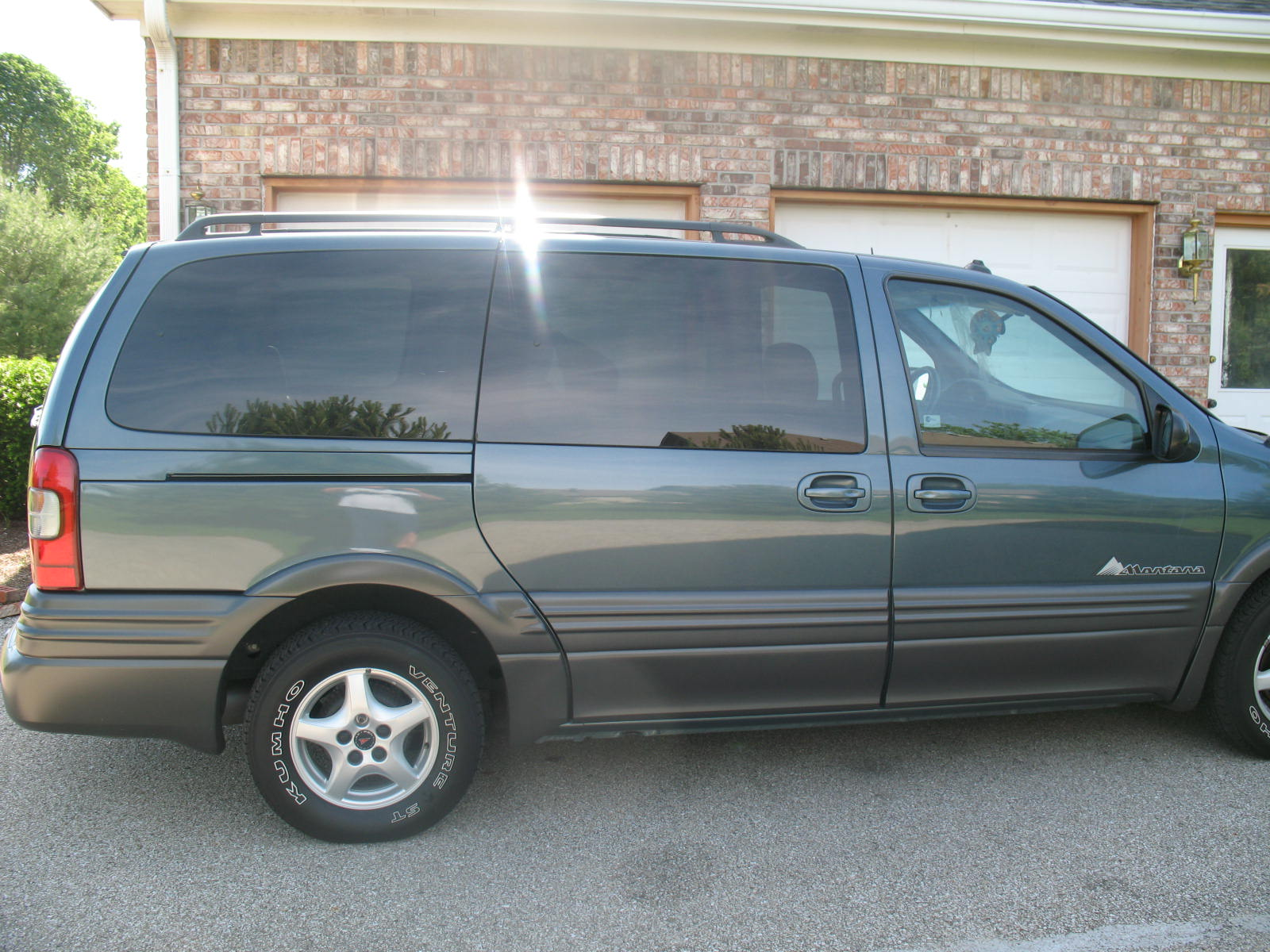 Pontiac Montana photo 06