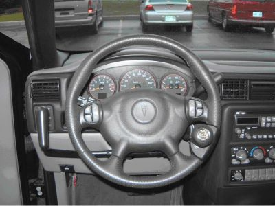 Pontiac Montana photo 08