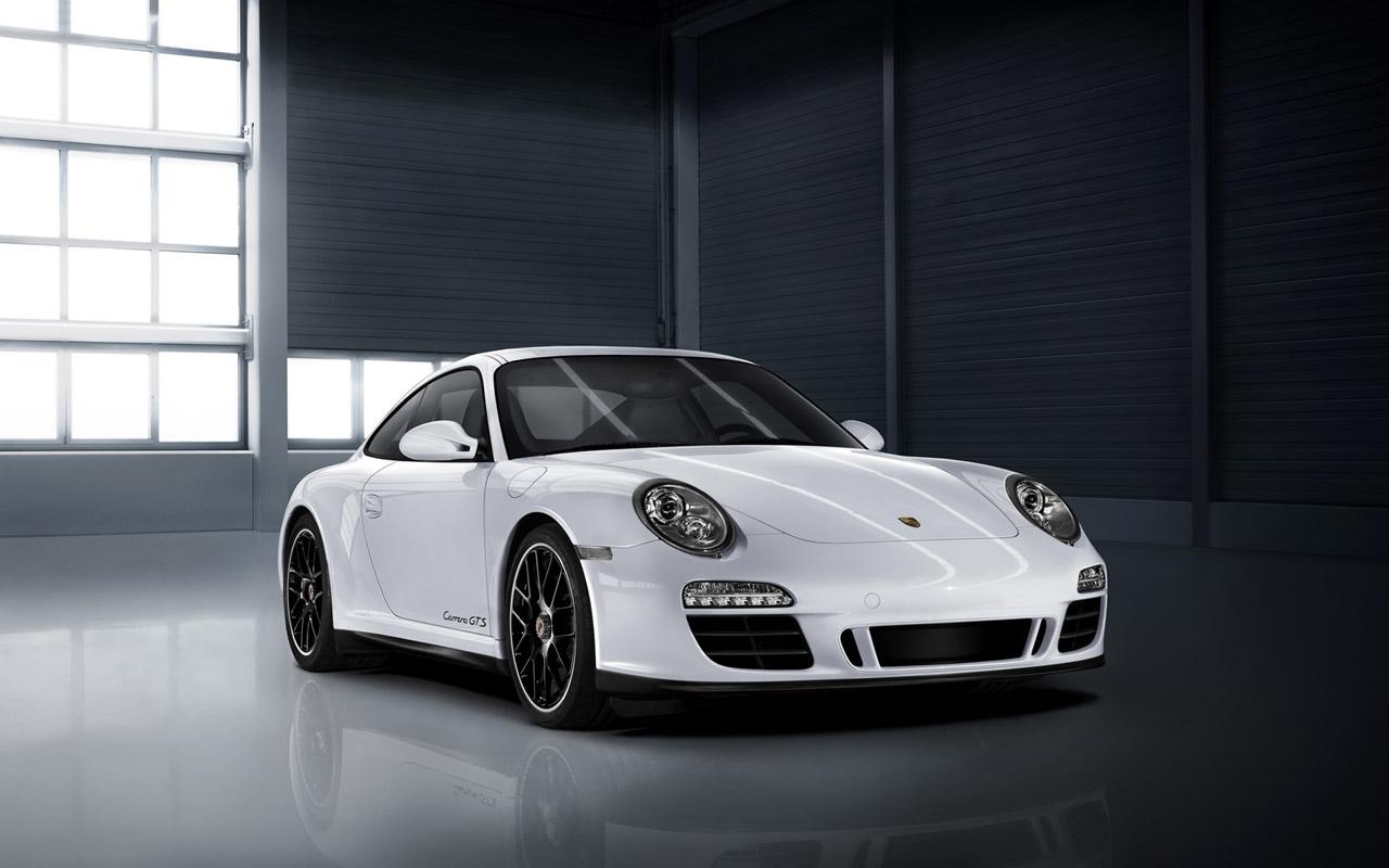 Porsche 911 Carrera GTS Image #5