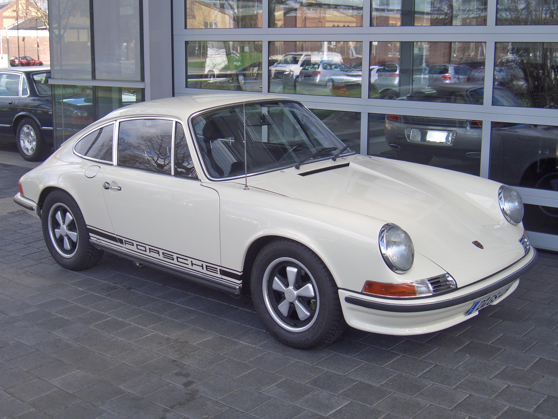 Porsche 911 S 2 4 Technical Details History Photos On