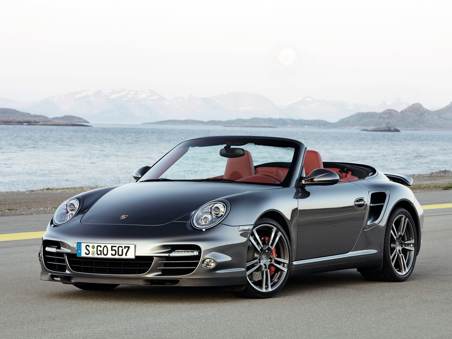porsche 911 turbo cabrio technical details history photos on