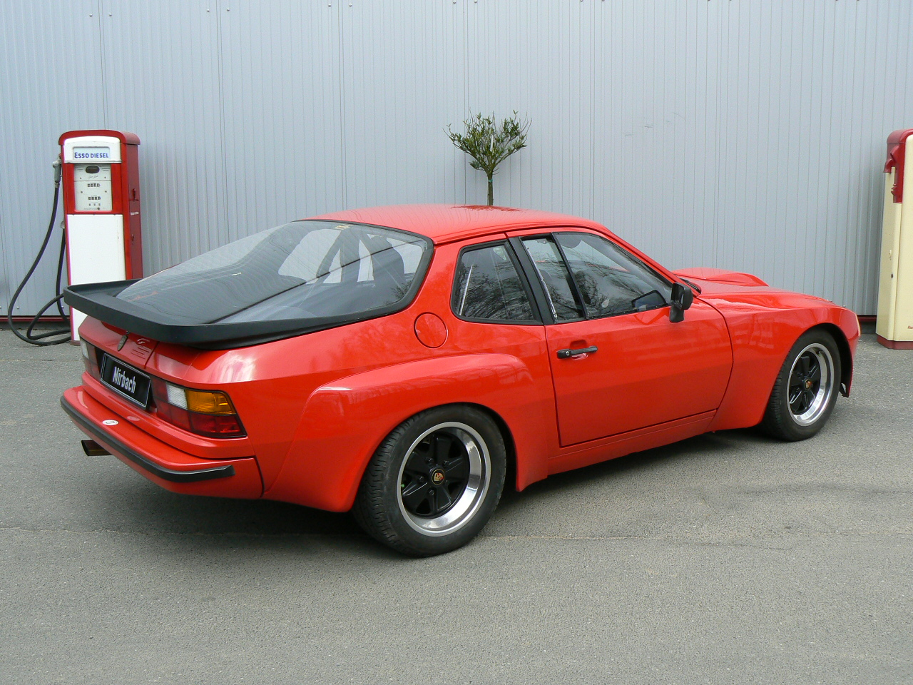 porsche 924 history  photos on better parts ltd