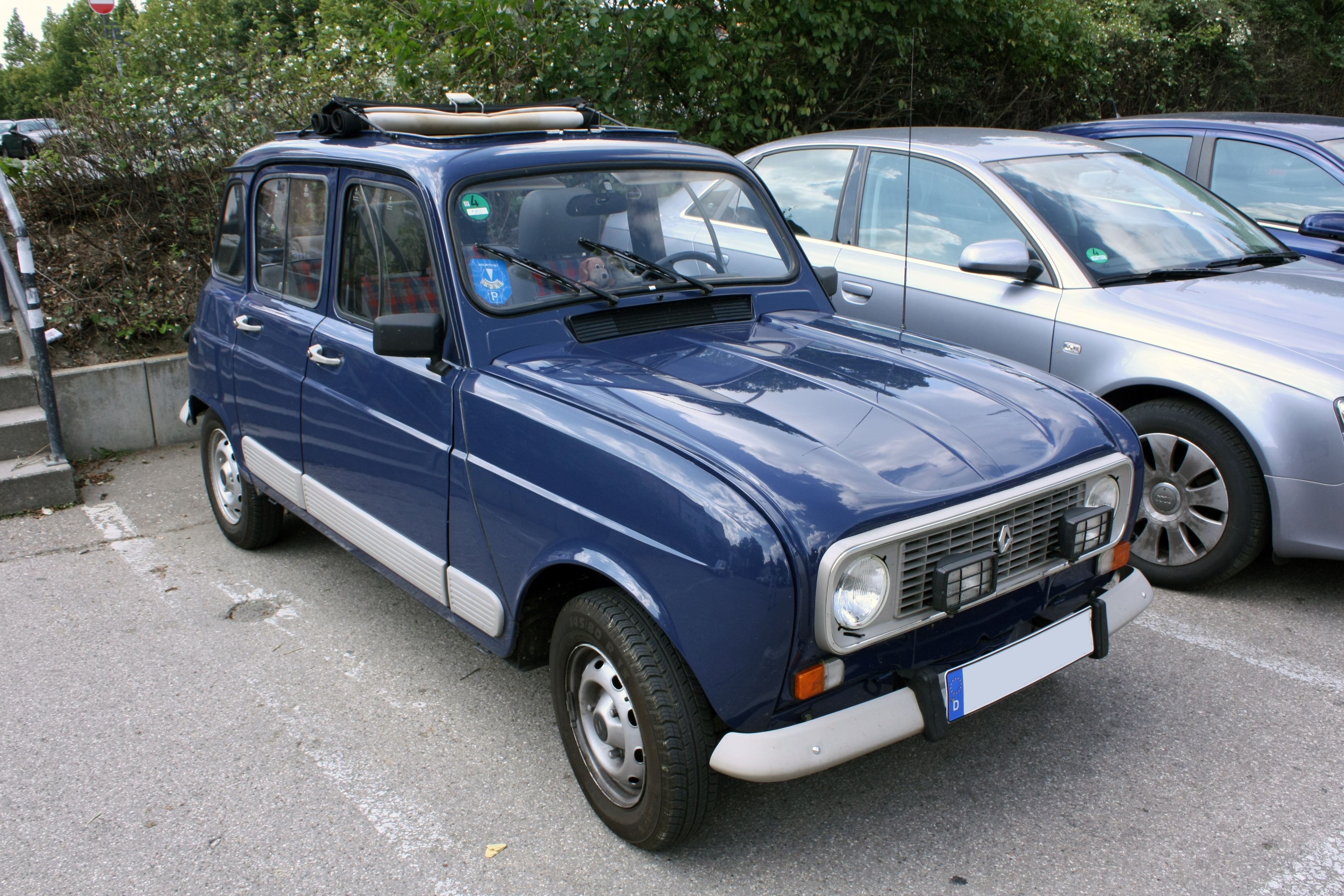 Renault R 4 photo 12